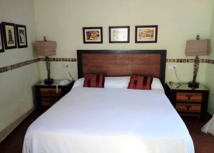 Double standard room hotel utopia benalup-casas viejas